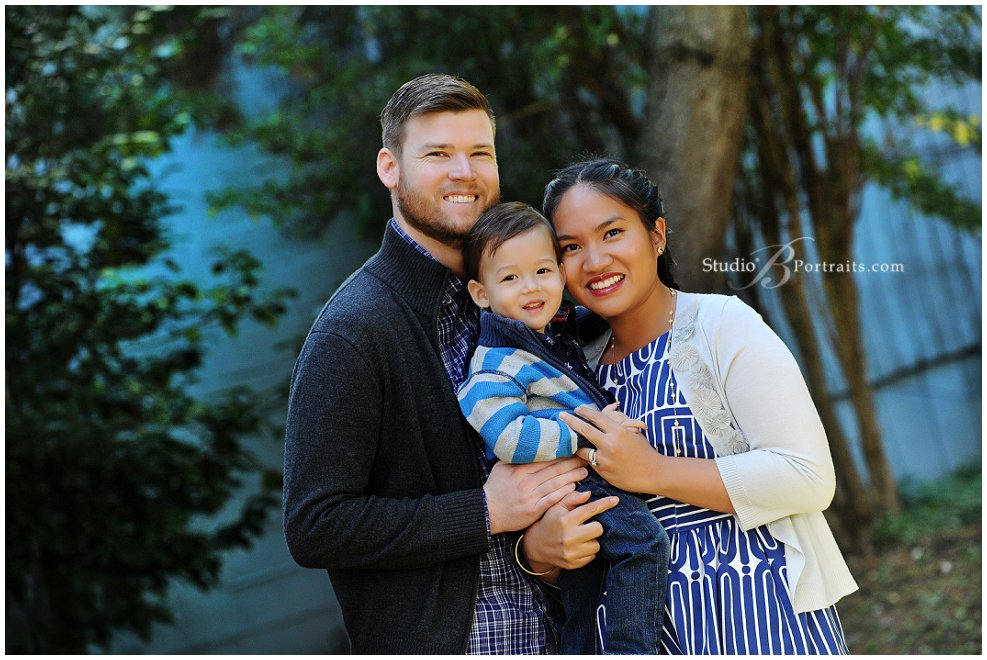 Best family portraits in Seattle_pretty mom and dad with son_Studio B Portraits_0293.jpg