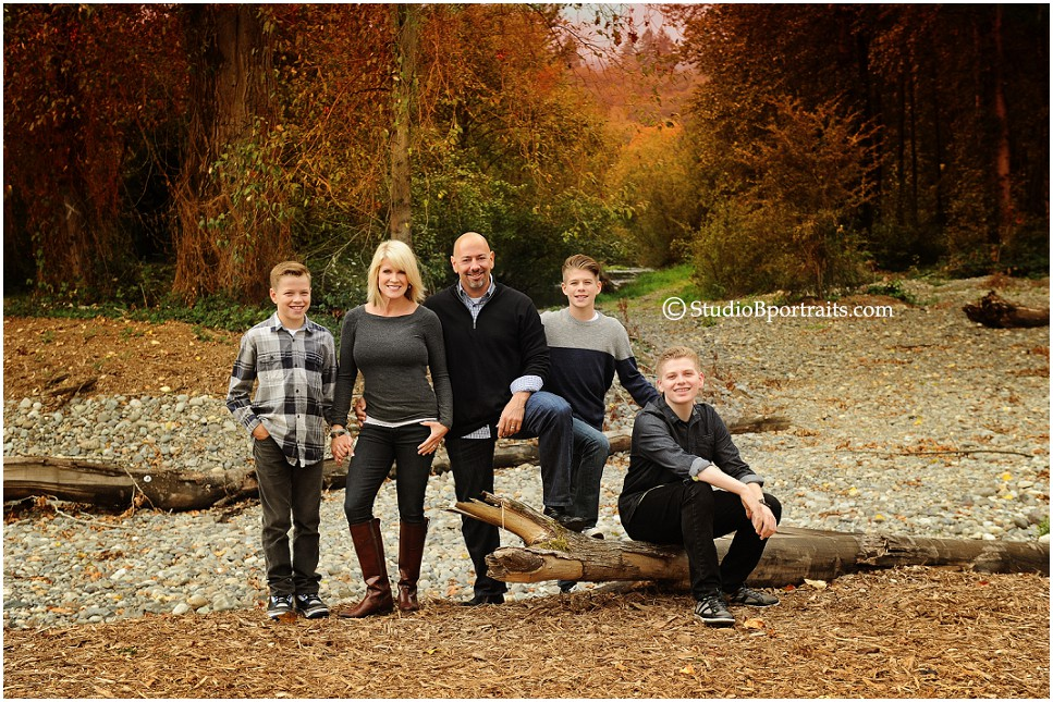 Best Fall Family Pictures in Seattle_photographed at Studio B Portraits by Brooke clark_0184.jpg