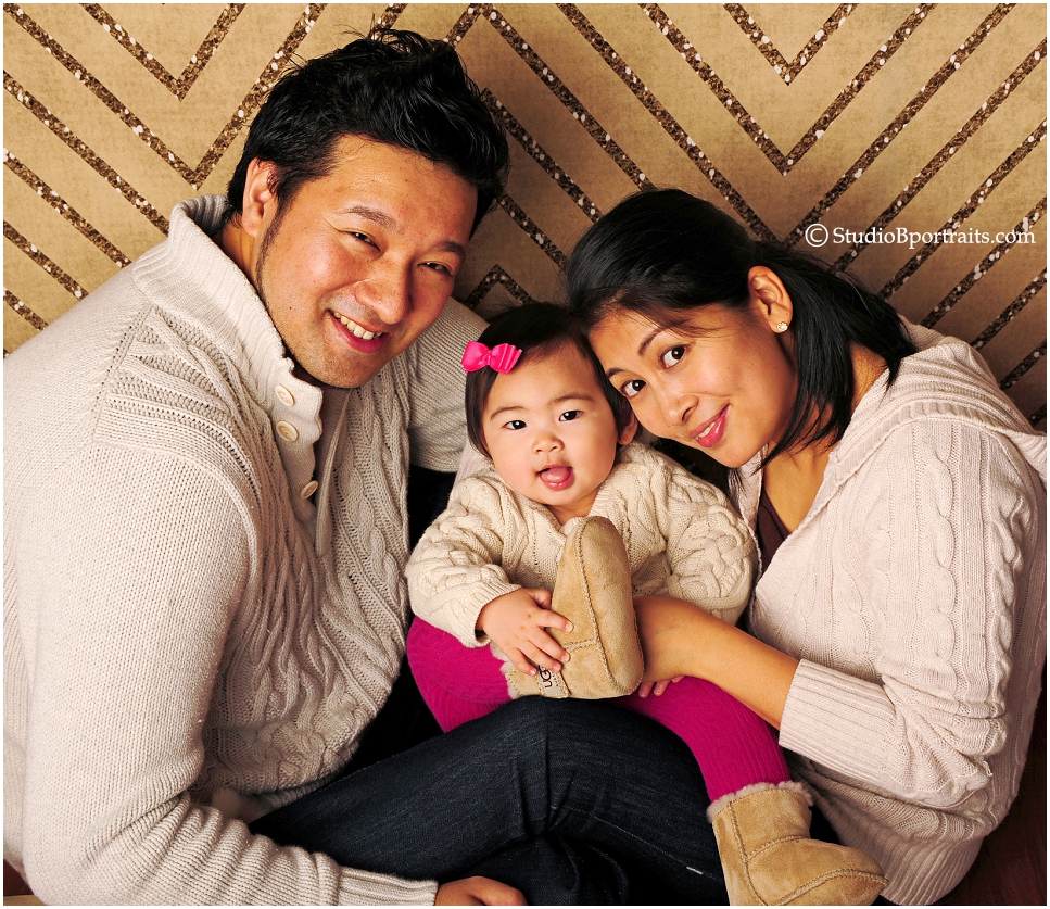 Cute holiday family portraits of couple with baby in ugg boots 0220 jpg