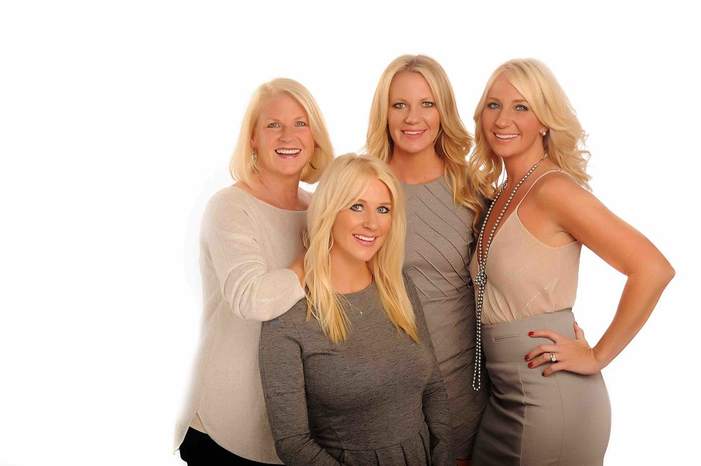 Studio B Portraits_Sorella Salon founders wearing blush and grey_Reasy_2398v.jpeg