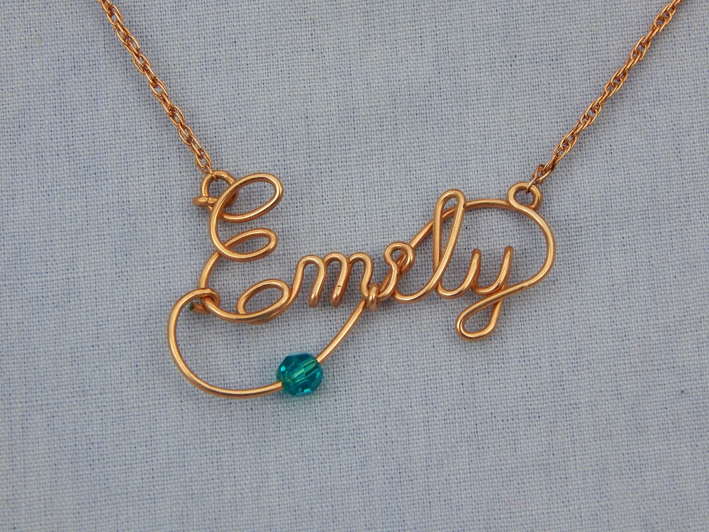 Deluxe Name Necklace — Your Name with a Twist