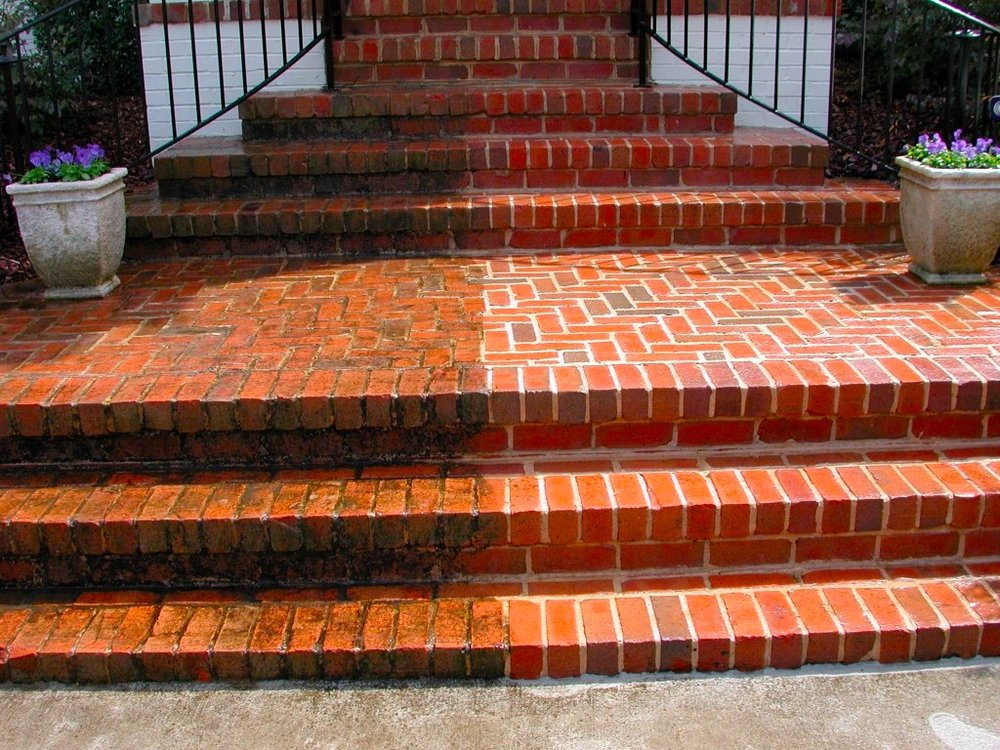 pressure-washing-bricksteps.jpg