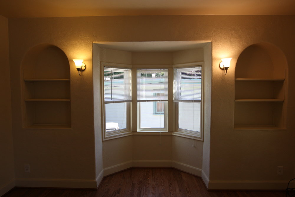 Bay window.JPG