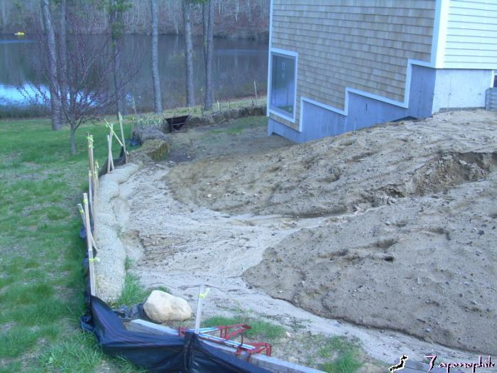 Bio logs can be used on side slopes or gentle slopes. This side slope bio log/silt fence system is shown after successfully performing during a surprise, fifty year storm water event. This site also incorporates straw bales downslope.