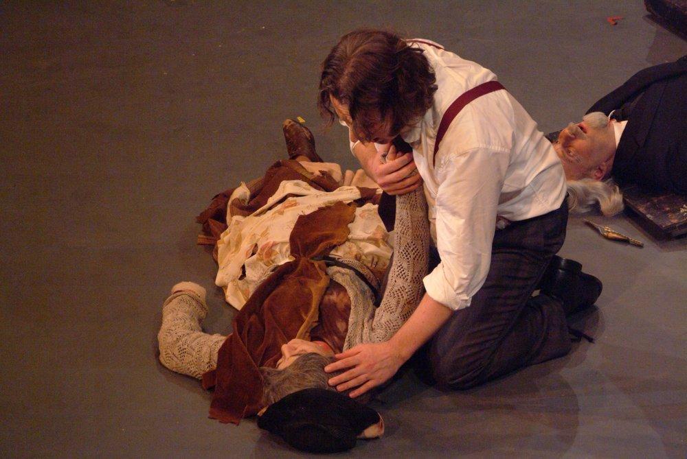 BATS - Sweeney Todd Nov 2005_9.jpg