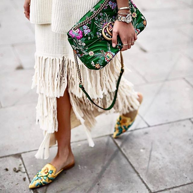 Oriental Touches 🌸 @nordicknots #fashion#style#styleinspo#fringing#oriental#gucci#stylediary#ootd#instadaily#picoftheday#instapic#inspiration#instafashion#stylist#lovefashion#streetstyle#inspo#fashioninspo#personalshopper#fashionstylist#lestyleco#personalstylist