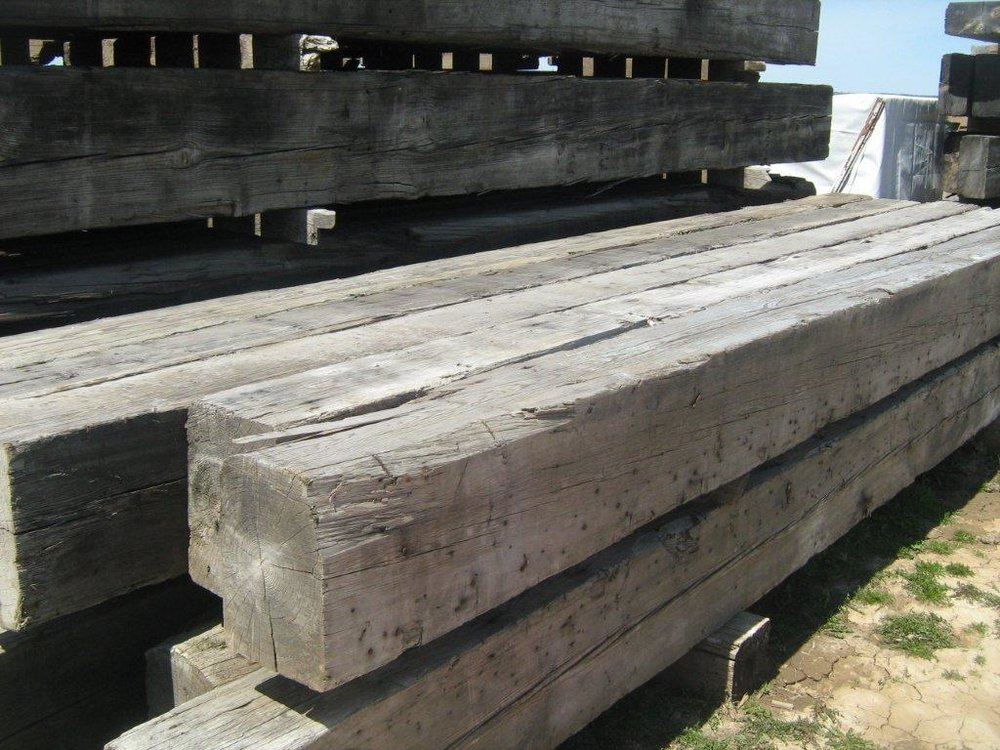 Rough Sawn Pine Beam 7x15x15.jpg