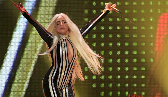 570_Lady_Gaga_Concert_Reuters-thumb-570x330-123274.jpg
