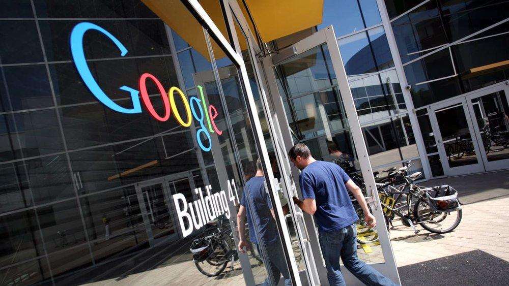 google-earnings-karabell-tease_lsgscp.jpg