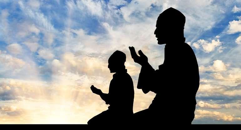 islam_muslims_praying_banner_7-31-16-1.sized-770x415xc.jpg