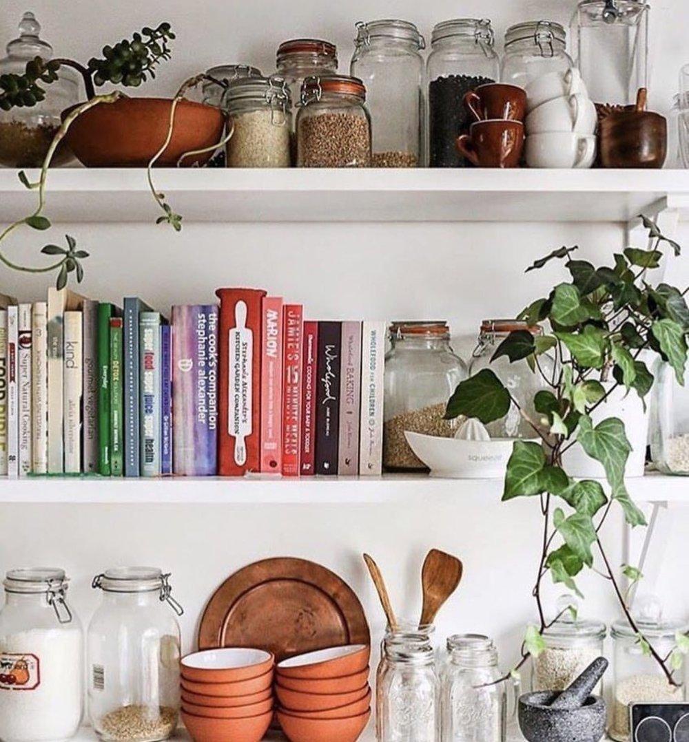 How To Bookshelf Clarissa Findlay