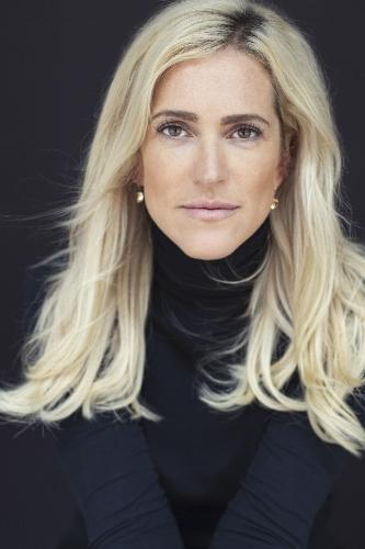 Jessica Giesen Wisconsin Headshot Bobbie Harte