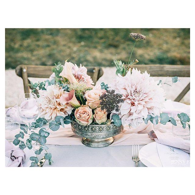 Throw back at the amazing events we hosted at the Chateau in 2018 as we are entering the big 2019 season! Thanks @seanemarie and @samfaulknerd for creating such a beautiful wedding. We are looking forward to starting 2019 🙏🌹 Photography: @jennyfustudio #jennyfustudio | Dress: @bhldn #hearstgown #bhldn | Shoes: @miumiul #miumiu | Veil: @moodfabrics#moodfabrics | Floral/Decor: @lamaisondautel #lamaisondautel | Food: @andsomuchmore | Cake: @loveandcakesparis #loveandcakesparis | Ring Box: @the_mrs_box #themrsbox | Wedding Bands: @catbirdnyc | Hair/Makeup: @avabelleluxury#avabelleluxury | Bridesmaids Dresses: @reformation @showmeyourmumu @asos | Invitations: @nancymoycalligraphy#nancymoycalligraphy | Linens: @mademoiselle_coton . . #meetthefaulkners #destinationwedding#francewedding #editorialwedding#editorialphotographer#editorialweddingphoto#destinationweddingphotographer#nyweddingphotographer#nycphotographer  #weddingphotography#weddinginspiration  #pariswedding#brooklynbride #newyorkwedding#modernbride #chicbride