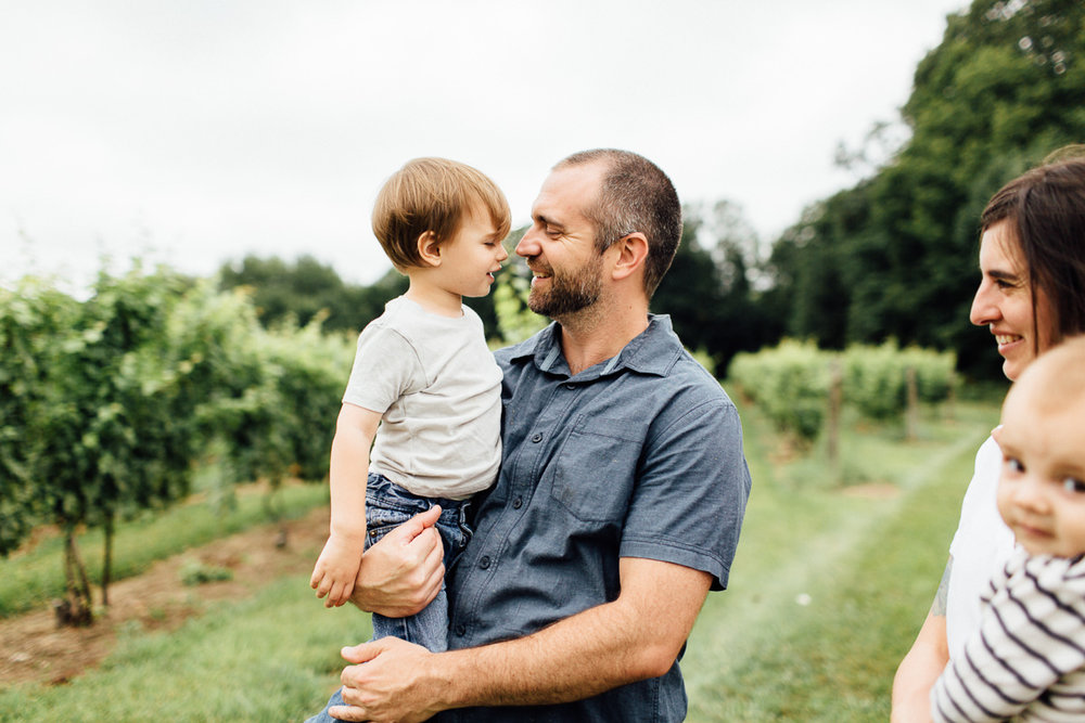 chamard-vineyards-ct-new-england-editorial-family-photographer (5 of 34).jpg