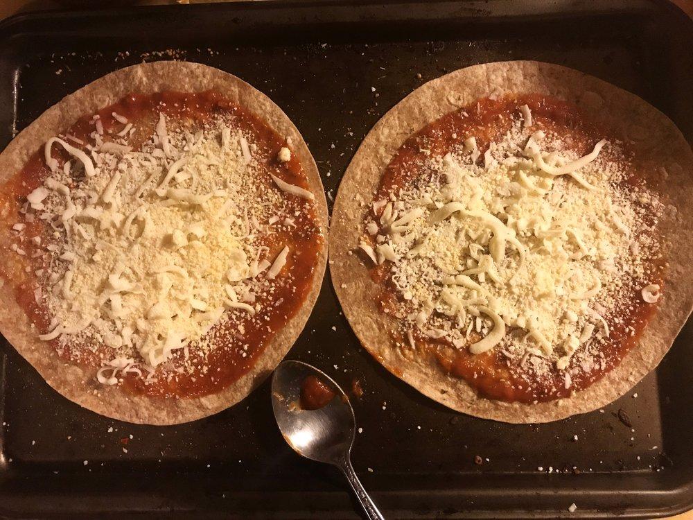 PizzaFixing,jpg