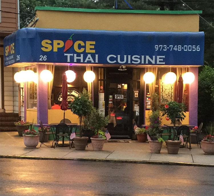 """Spice Thai Cuisine""?Please, Bloomfield, NJ ain't got nothing on Thai Gourmet."