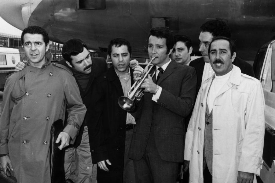 Herb Alpert & The Tijuana Brass Knuckles, everybody.