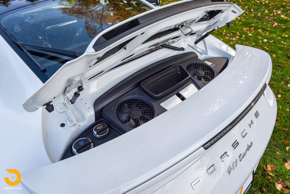 2014 Porsche 911 Turbo-22.jpg