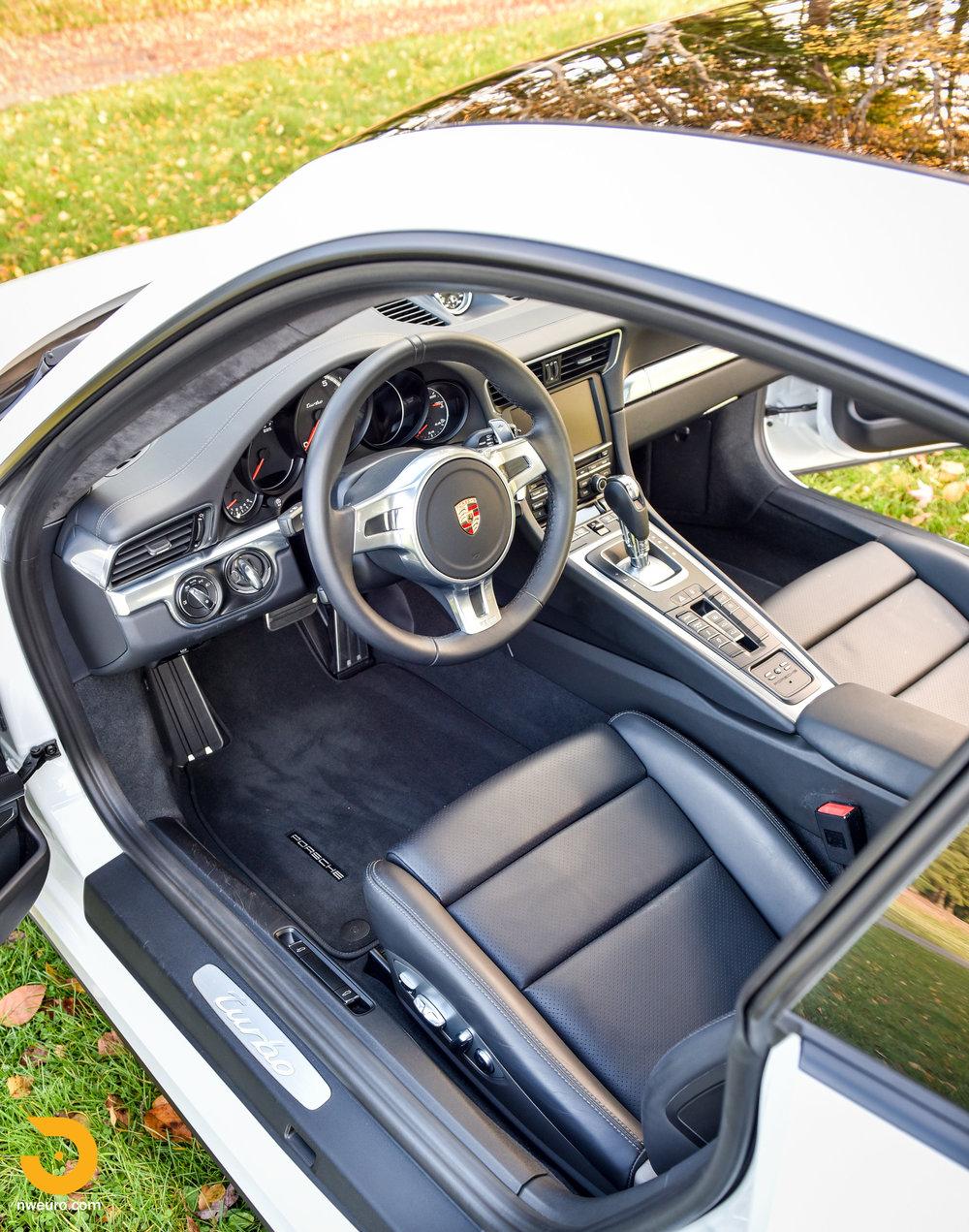 2014 Porsche 911 Turbo-25.jpg