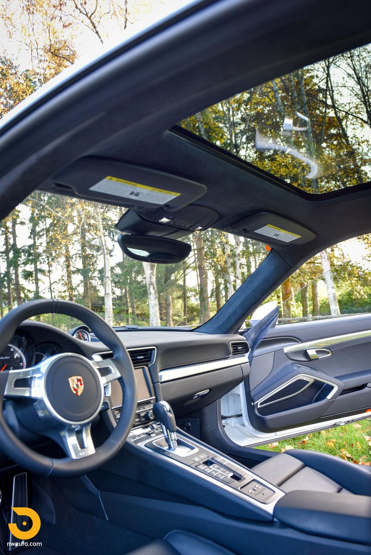 2014 Porsche 911 Turbo-27.jpg