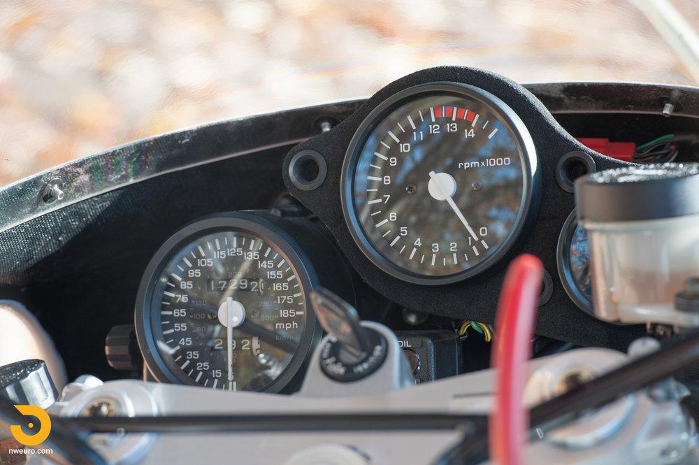 1990 Honda RC30-7.jpg