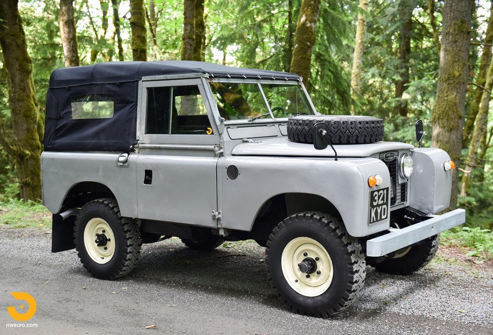 1962 Land Rover-1.jpg