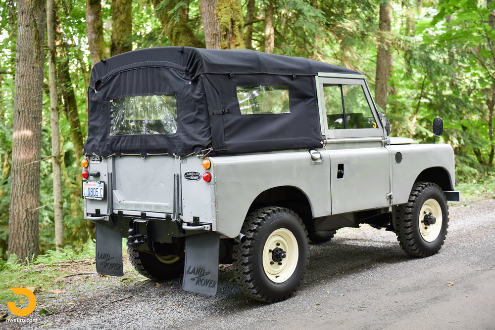 1962 Land Rover-2.jpg