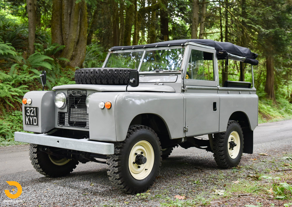 1962 Land Rover-24.jpg