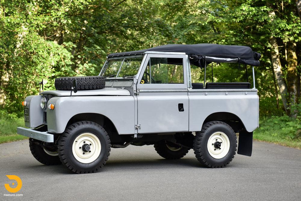 1962 Land Rover-62.jpg