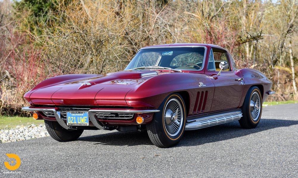 1966 Chevrolet Corvette 427 Coupe-14.jpg