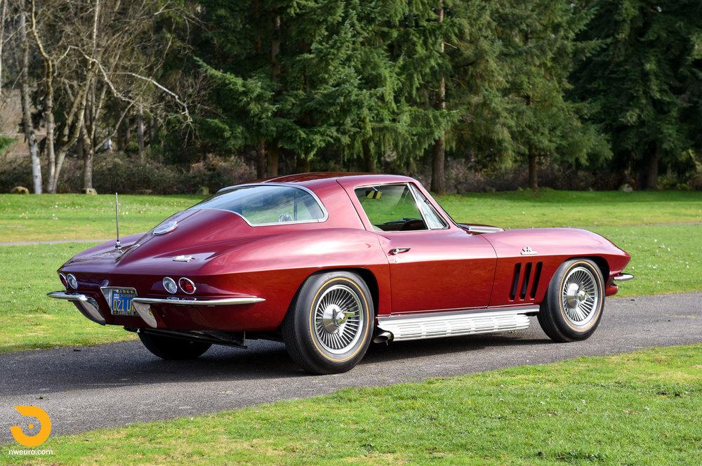 1966 Chevrolet Corvette 427 Coupe-36.jpg