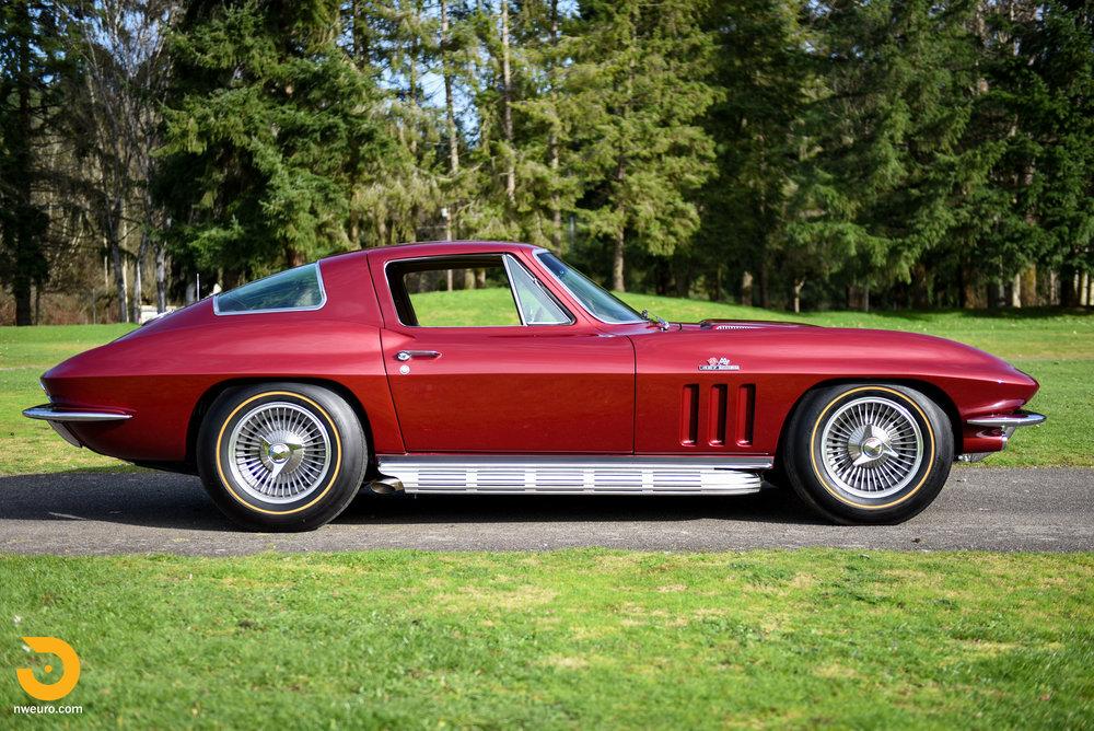 1966 Chevrolet Corvette 427 Coupe-38.jpg