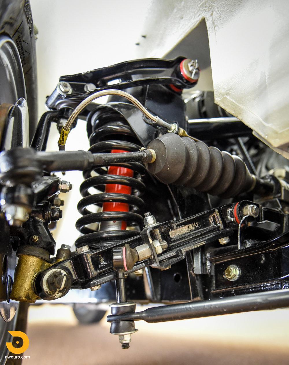 1965 Triumph TR4A-1.jpg