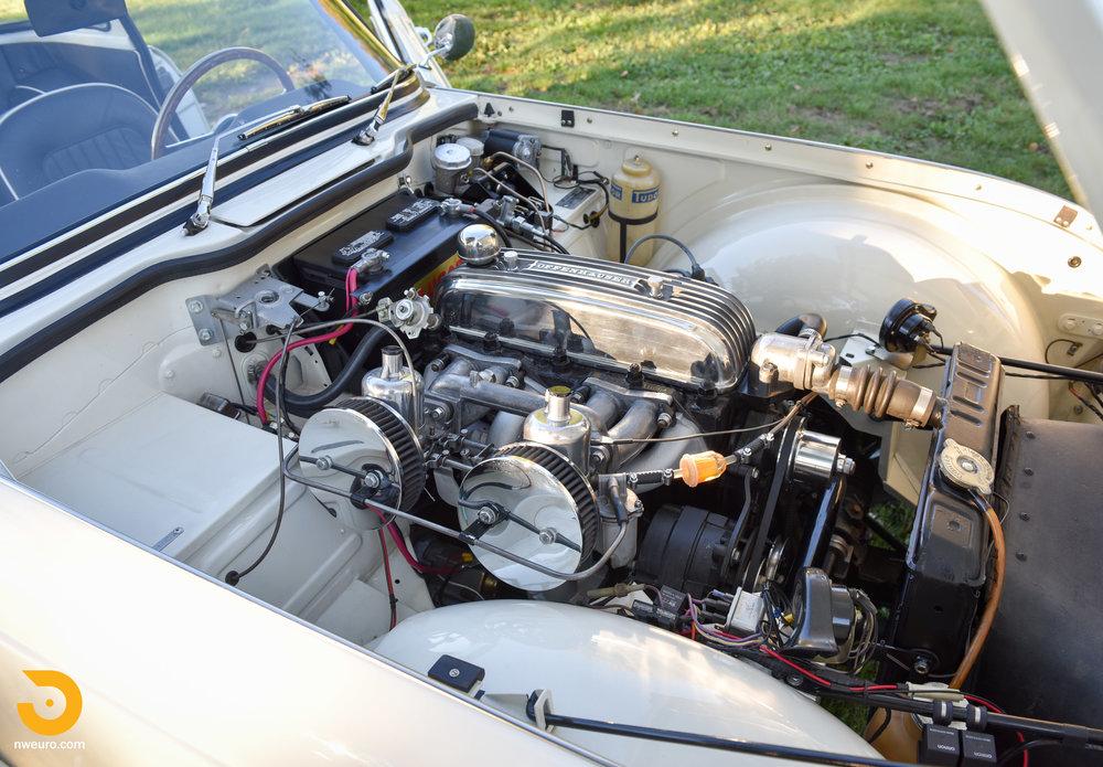 1965 Triumph TR4A-30.jpg