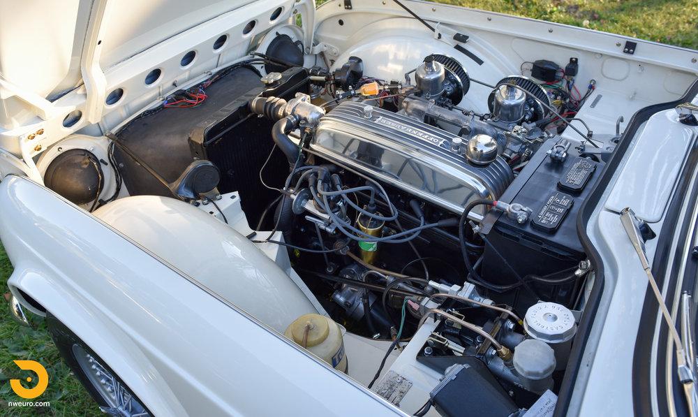 1965 Triumph TR4A-33.jpg