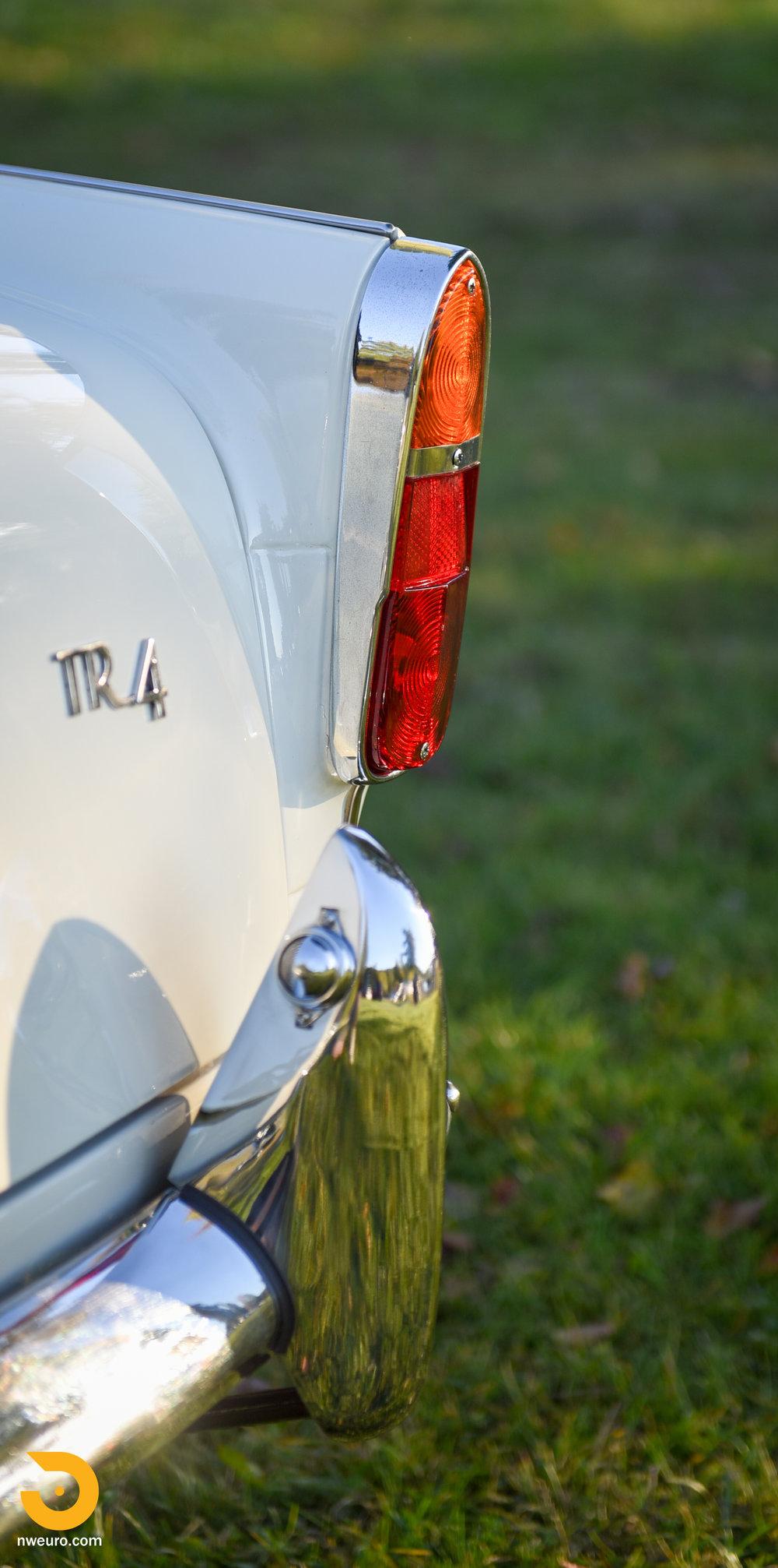 1965 Triumph TR4A-52.jpg