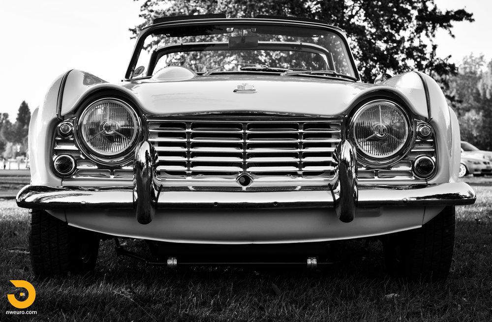 1965 Triumph TR4A-60.jpg