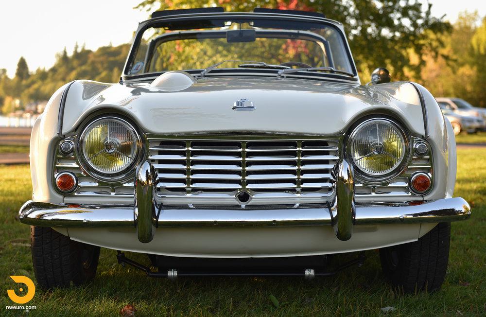 1965 Triumph TR4A-61.jpg