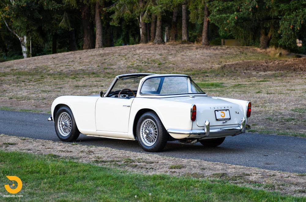 1965 Triumph TR4A-66.jpg