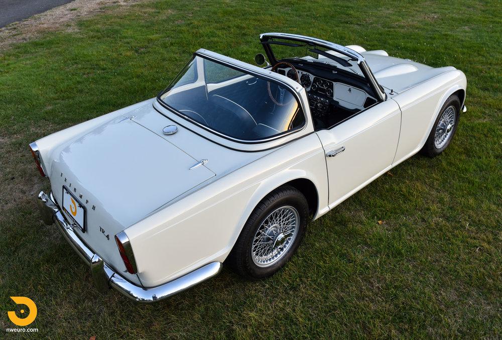 1965 Triumph TR4A-78.jpg