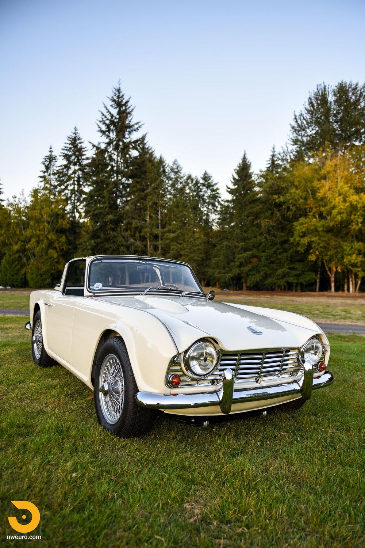 1965 Triumph TR4A-79.jpg