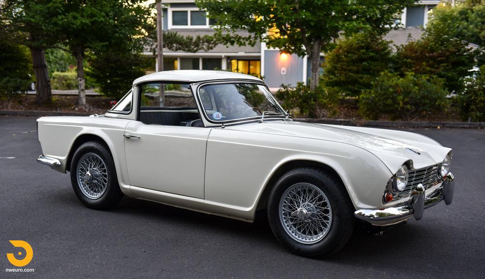 1965 Triumph TR4A-85.jpg
