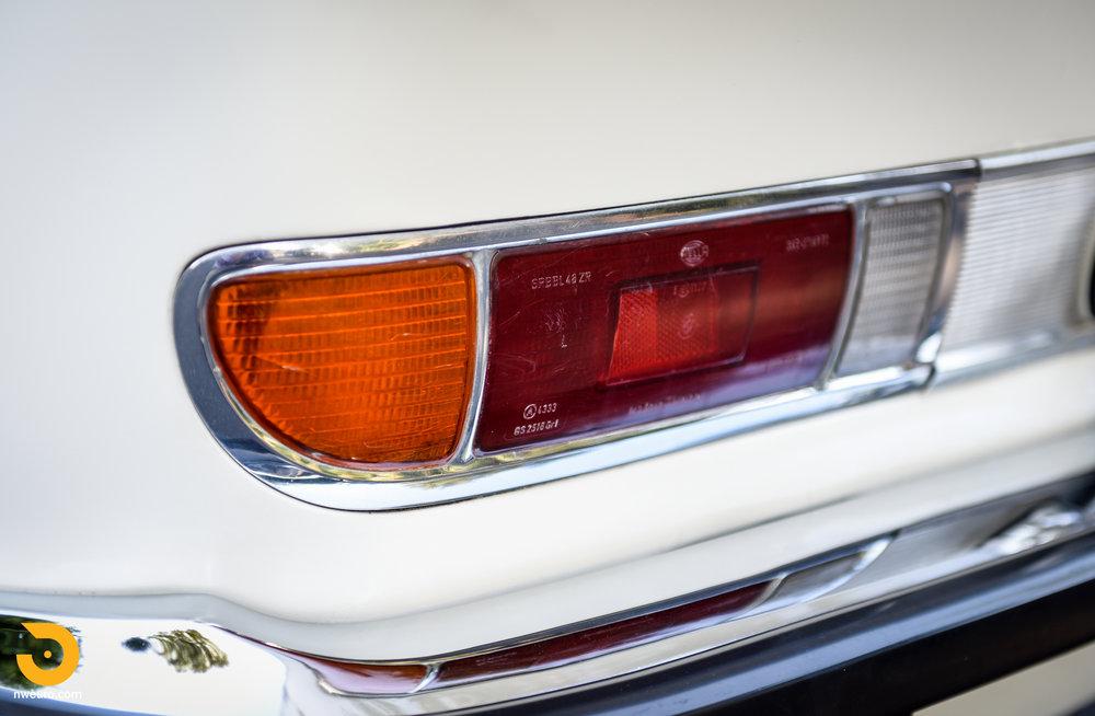 1973 BMW 3.0 CS-21.jpg