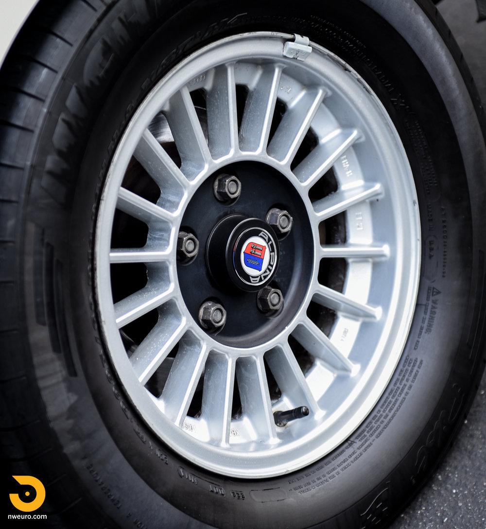 1973 BMW 3.0 CS-22.jpg