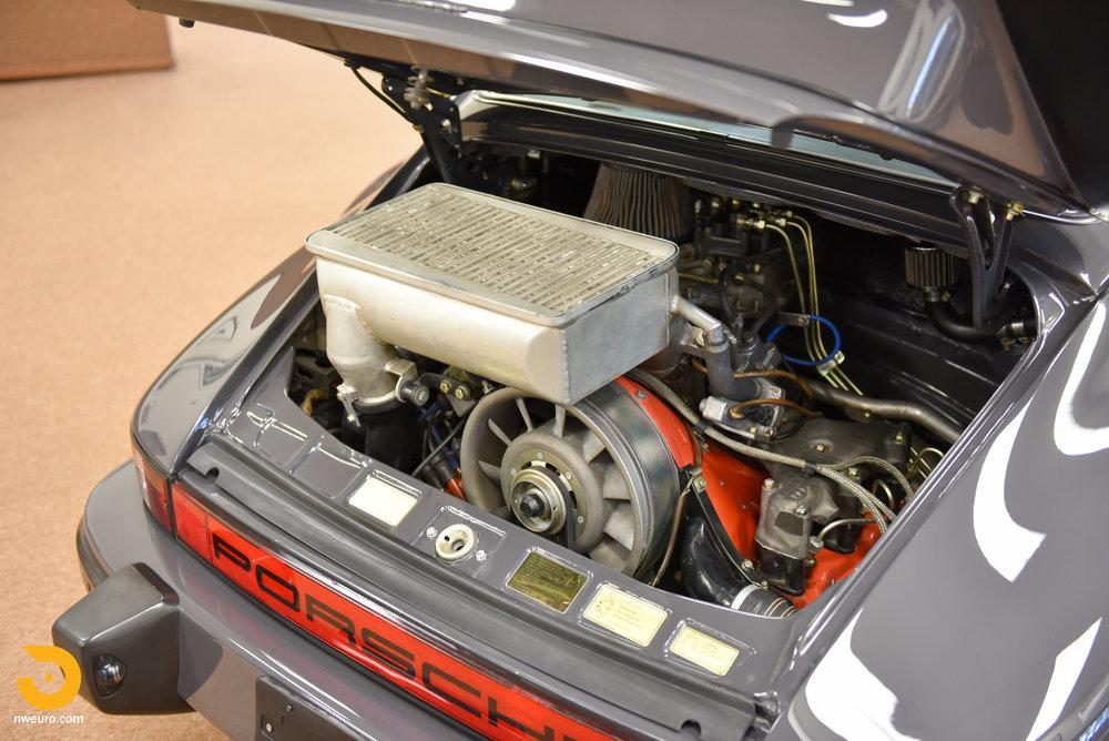 1985 Porsche 930-9.jpg