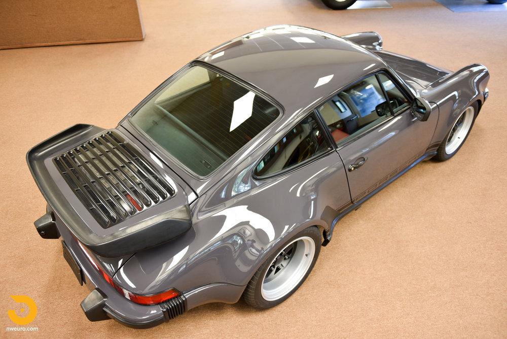 1985 Porsche 930-24.jpg