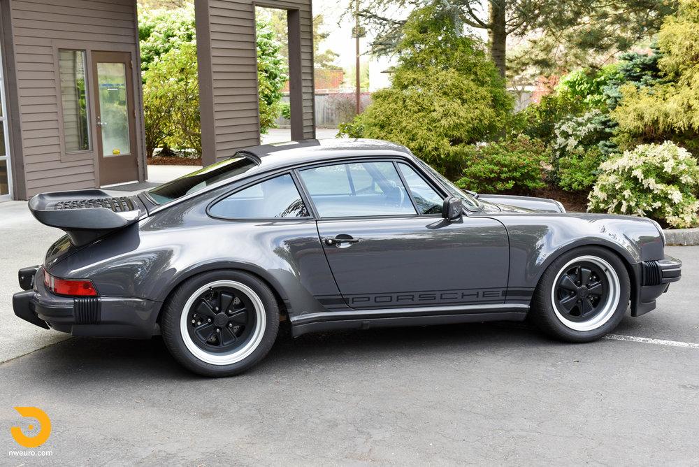 1985 Porsche 930-34.jpg