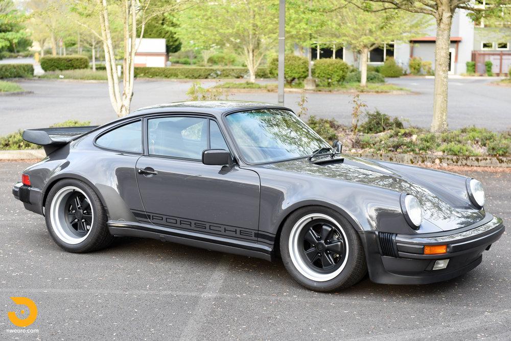 1985 Porsche 930-38.jpg
