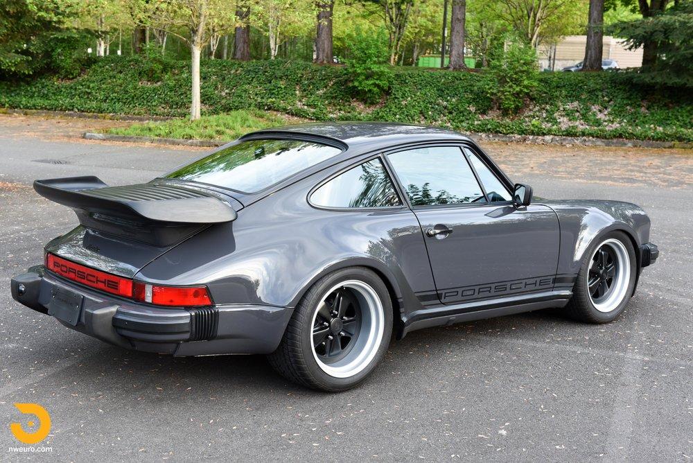 1985 Porsche 930-39.jpg