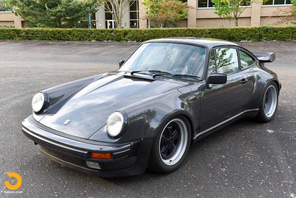 1985 Porsche 930-43.jpg